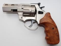 Starting pistols and revolvers chambered for Flaubert at affordable