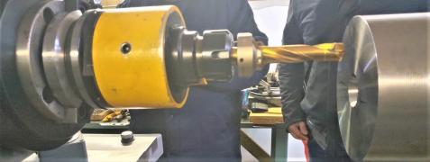 Верстат ЧПУ обробка торця всіх типів залізничних осей